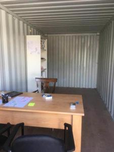 Intérieur aménagé d'un box de stockage